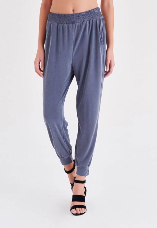 Gri  Rahat Kesim Bilekli Pantolon