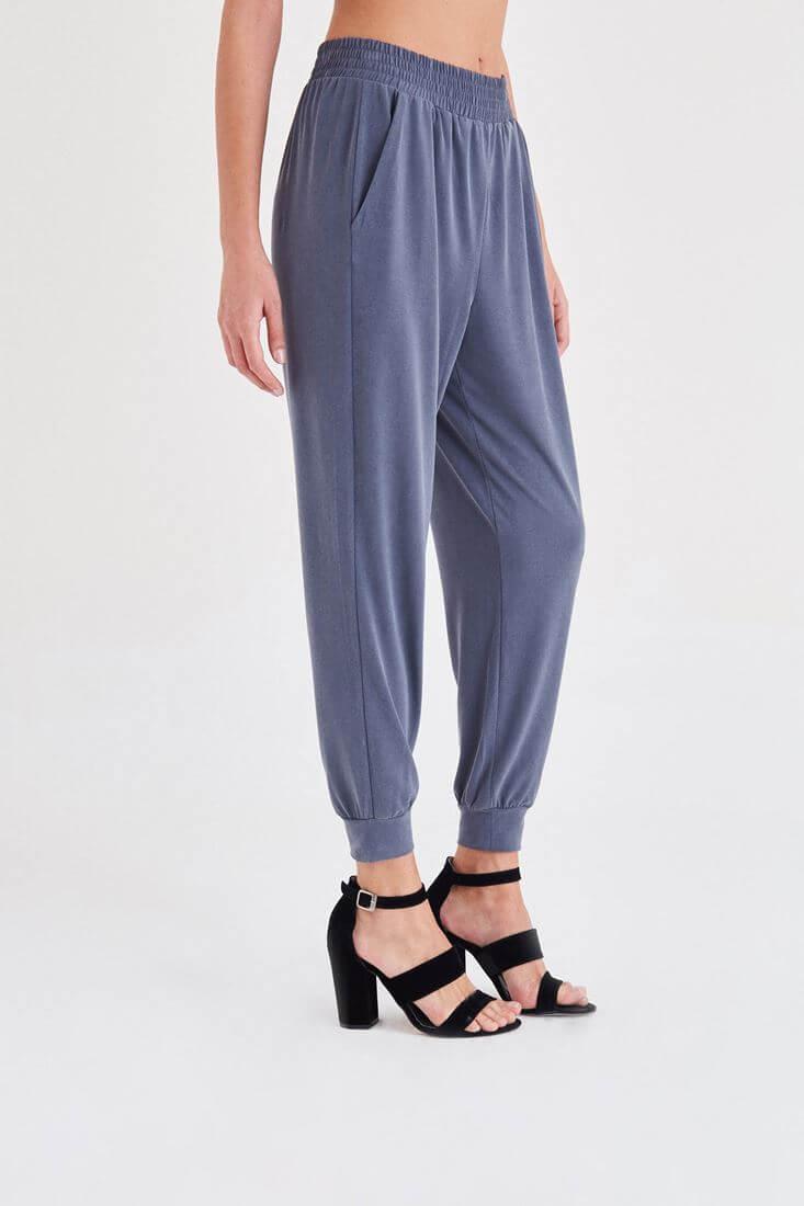 Bayan Gri  Rahat Kesim Bilekli Pantolon