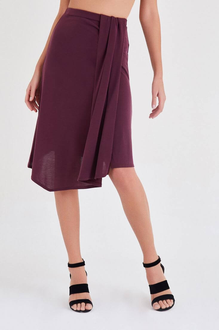 Bordeaux Skirt With Pleated Detail