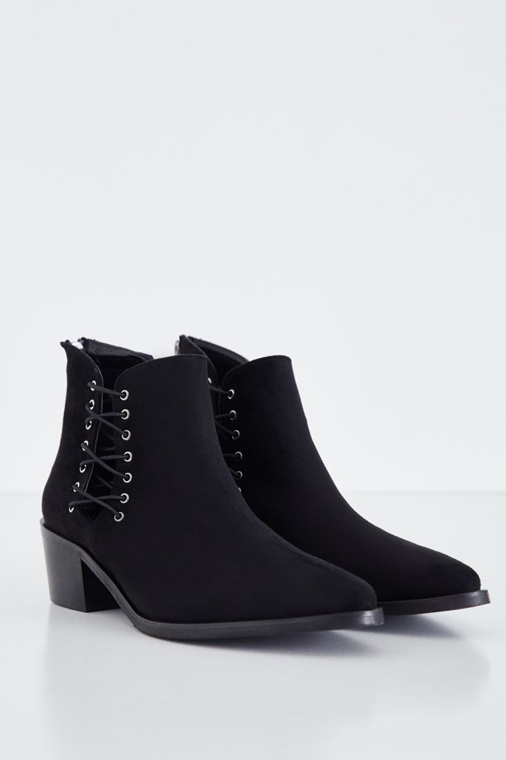 Black Lace Detailed Boot