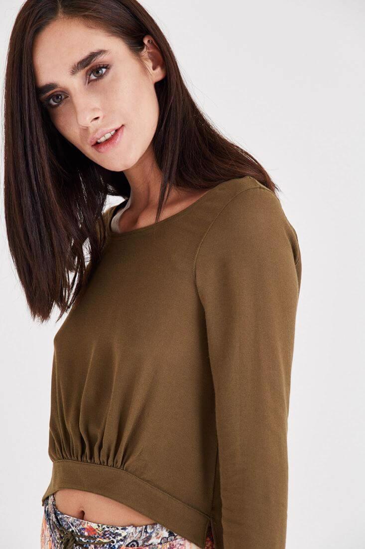 Bayan Yeşil Arkası Uzun Önü Kısa Bluz