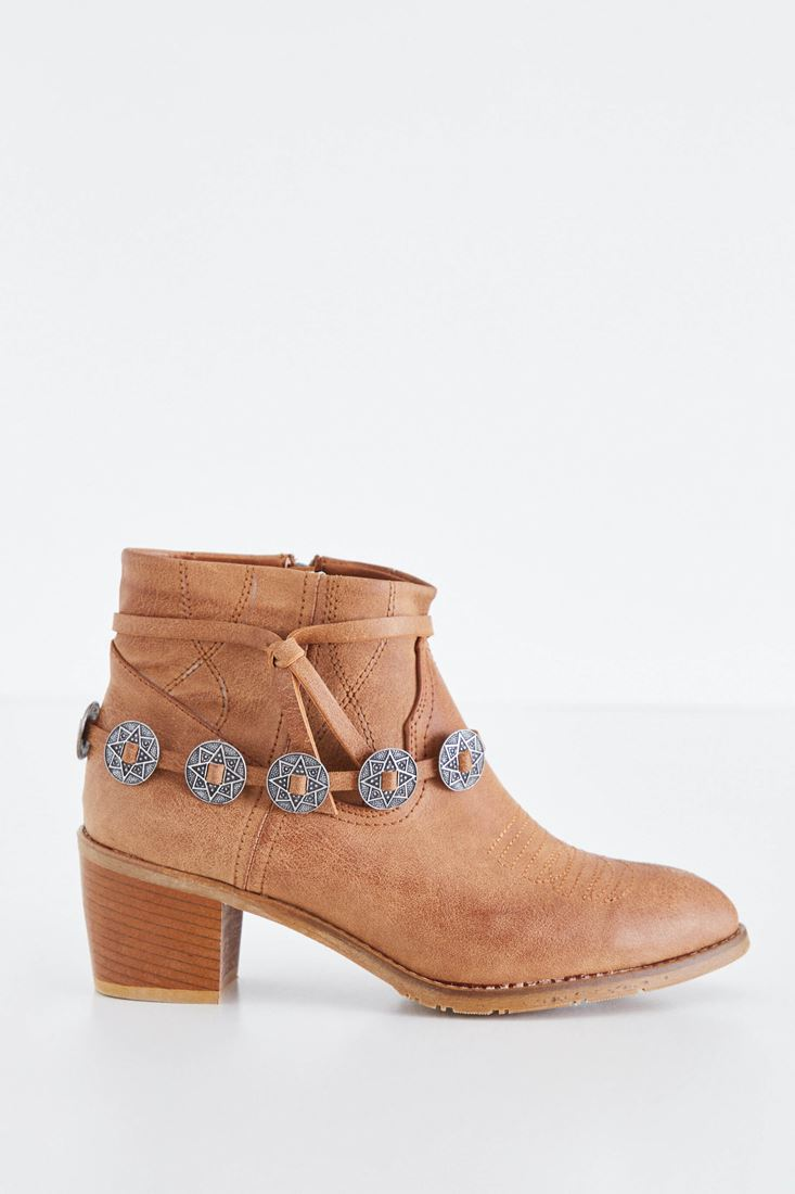 Brown Boot With Metallic Buckle Detail