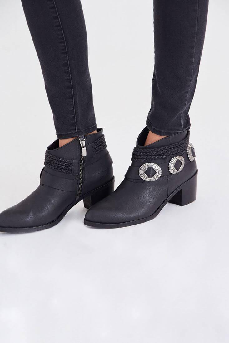 Bayan Siyah Tokalı Bot