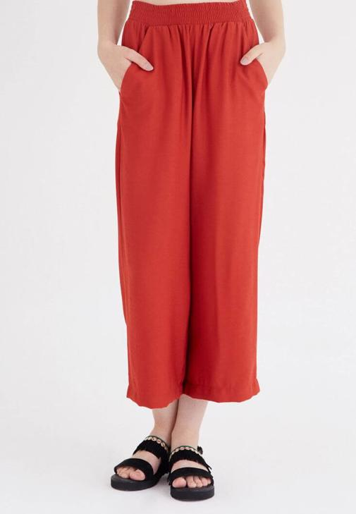 Turuncu Kısa Paçalı Bol Kesim Pantolon