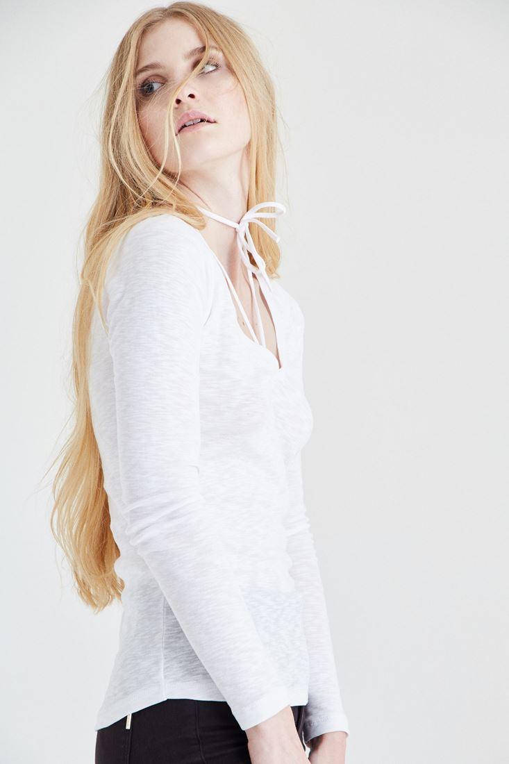Bayan Beyaz Biye Detaylı Tişört