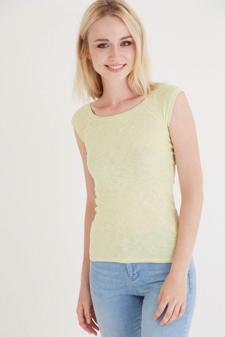 Bayan Yeşil Bot Yaka Kısa Kollu Tişört