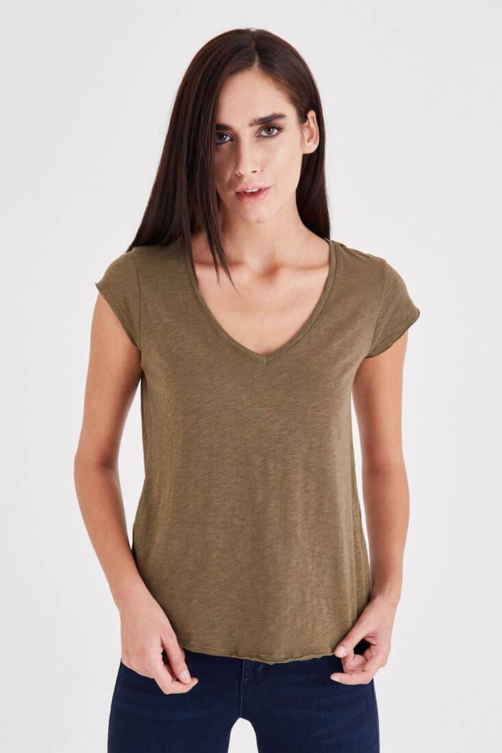 Bayan Yeşil V Yaka Pamuk Tişört