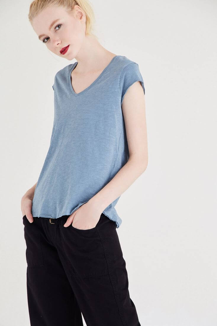 Bayan Lacivert V Yaka Pamuk Tişört