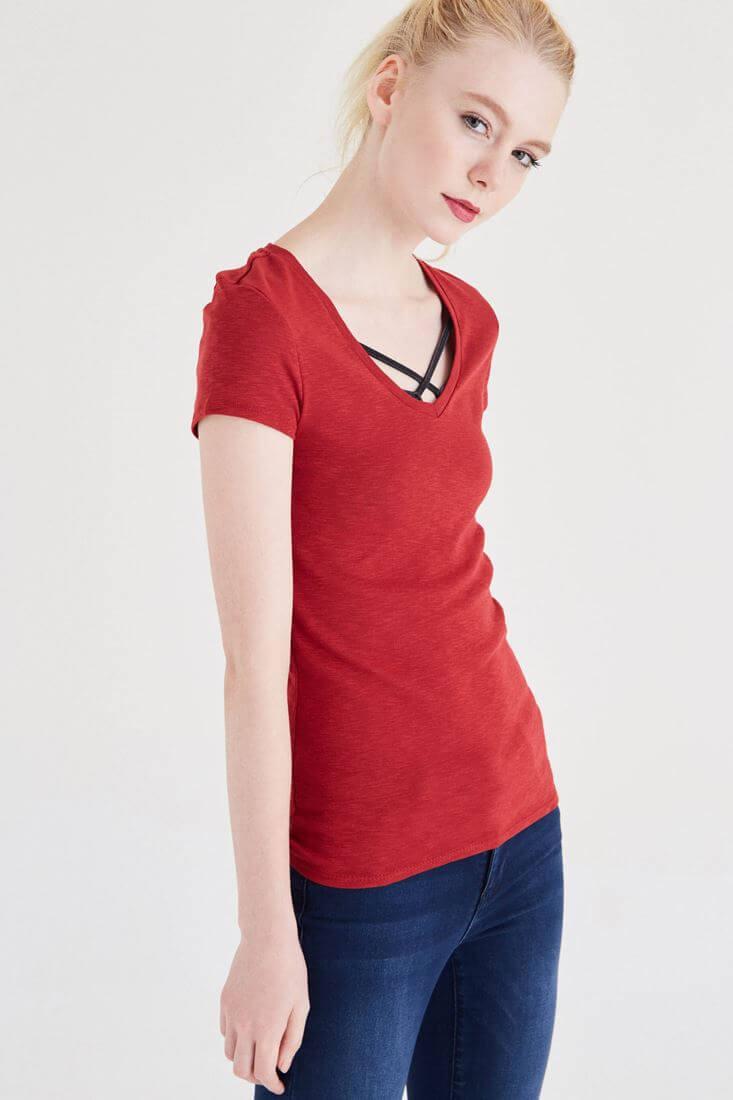 Bayan Bordo Basic V Yaka Tişört