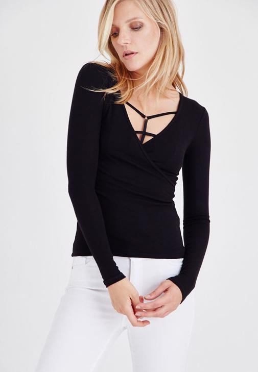 Siyah V Yaka Uzun Kollu Basic Tişört