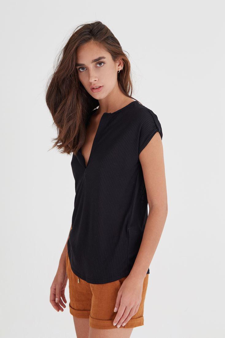Bayan Siyah V Yaka Bol Kesim Tişört
