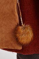 Bayan Kahverengi Ponpon Detaylı El Çantası