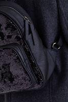 Bayan Siyah Pullu Sırt Çantası