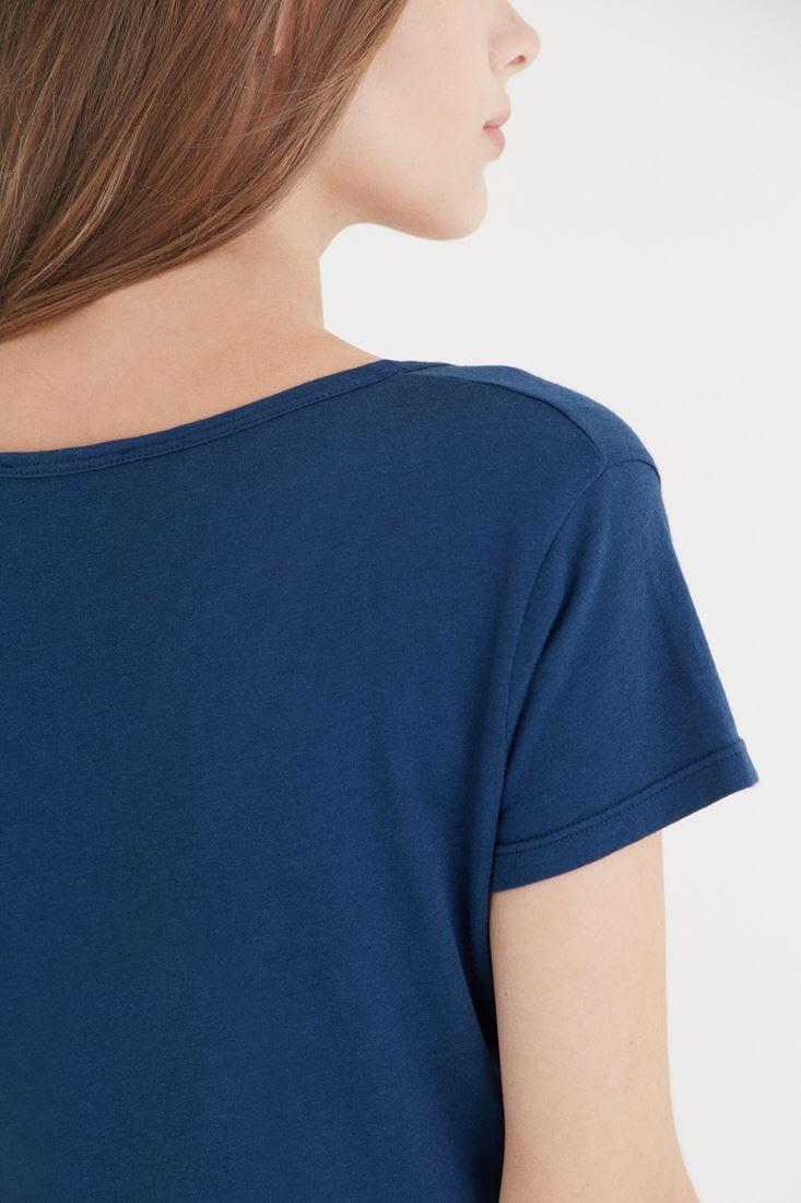Bayan Mavi Çapraz Bant Detaylı Tişört