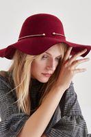 Bayan Bordo Metal Detaylı Şapka