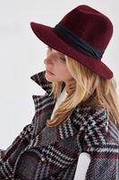 Bayan Bordo Yün Şapka