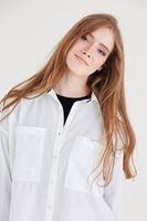 Bayan Beyaz Cepli Gömlek