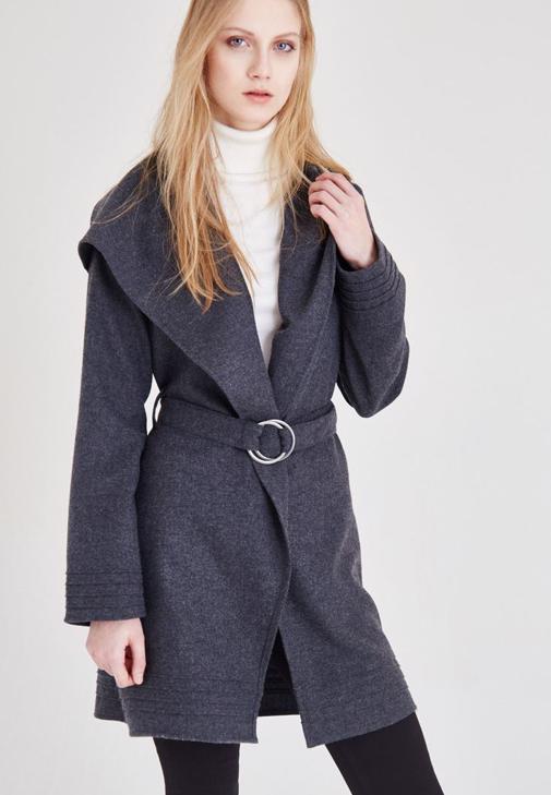 Gri Kemer Detaylı Ceket