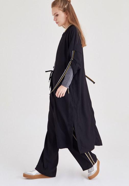 Siyah Uzun Yırtmaçlı Bomber Ceket