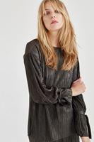 Bayan Yeşil Pliseli Metalik Bluz
