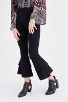 Bayan Siyah Kısa Paçalı Pantolon