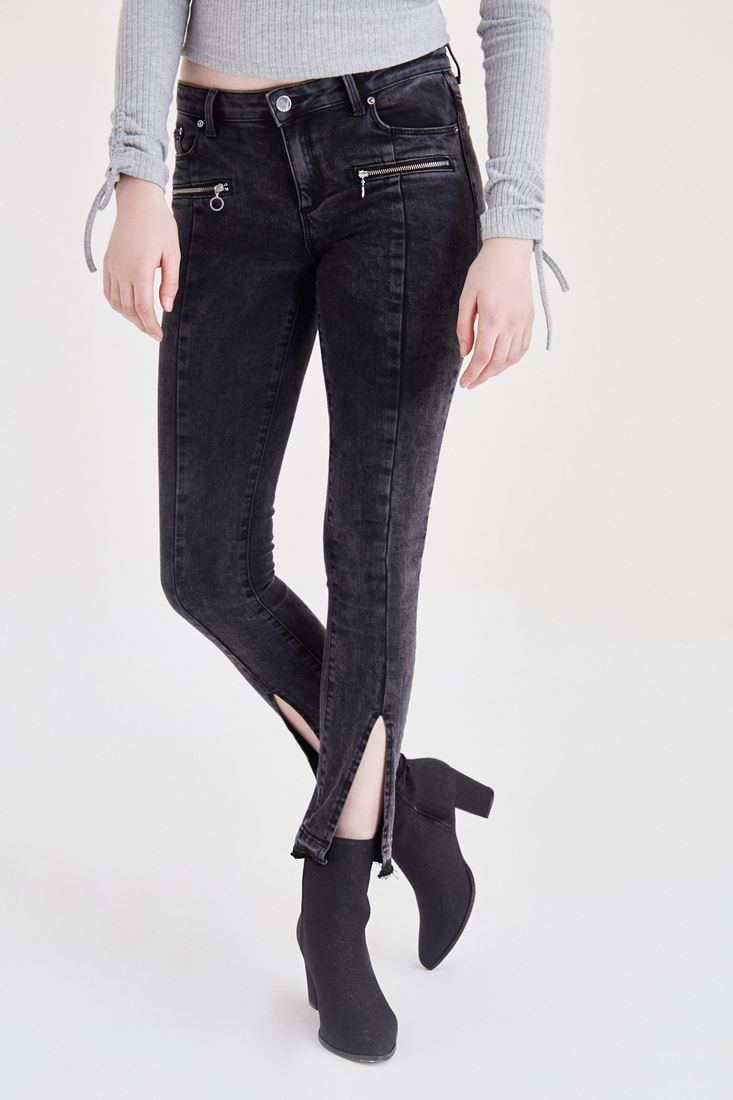 Fermuar ve Paça Detaylı Kot Pantolon