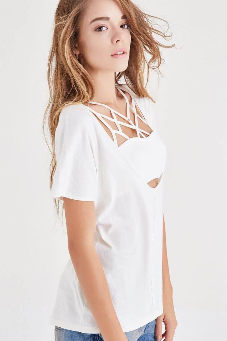 Bayan Krem Derin Yaka Tişört