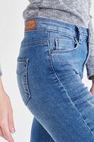 Bayan Mavi Kısa Paça Kot Pantolon