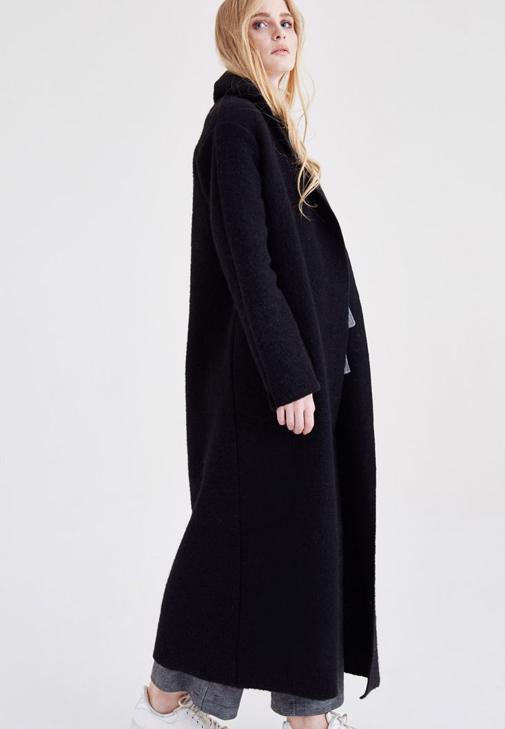 Siyah Uzun Yün Kaban