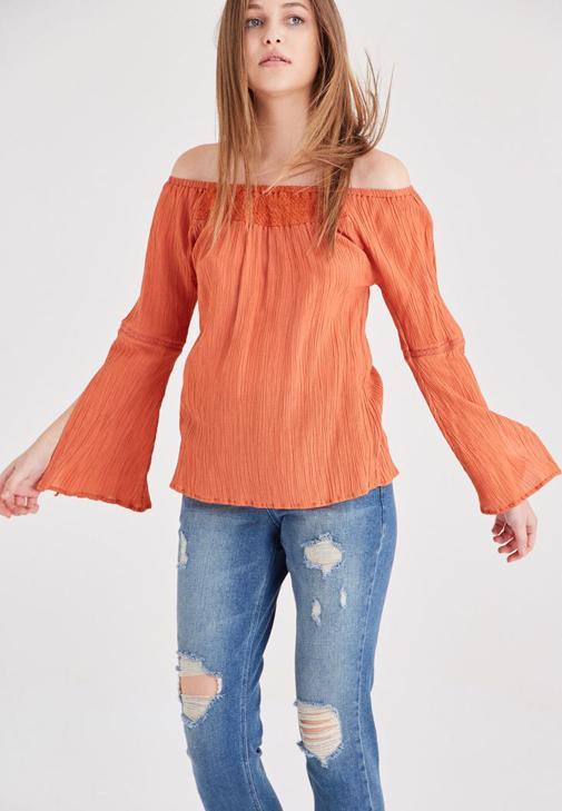 Turuncu Bardot Yaka Dökümlü Bluz