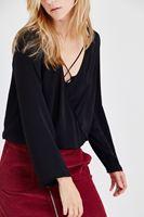Bayan Siyah Kruvaze Dökümlü Bluz
