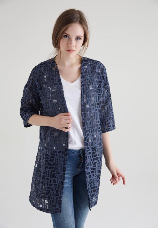 Lacivert Geometrik Desenli Yırtmaçlı Dantel Kimono