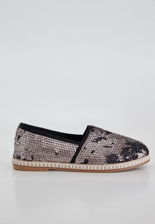 Siyah Pullu Düz Ayakkabı