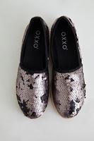Bayan Siyah Pullu Düz Ayakkabı