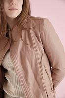 Bayan Krem Çapraz Fermuarlı Ceket