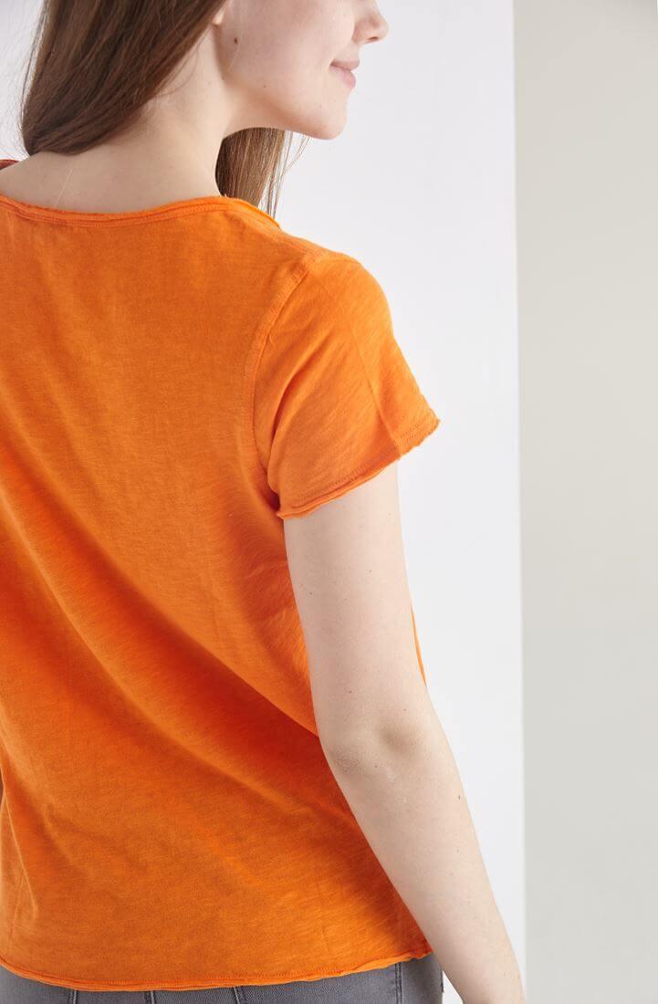 Bayan Turuncu U Yaka Pamuklu Tişört