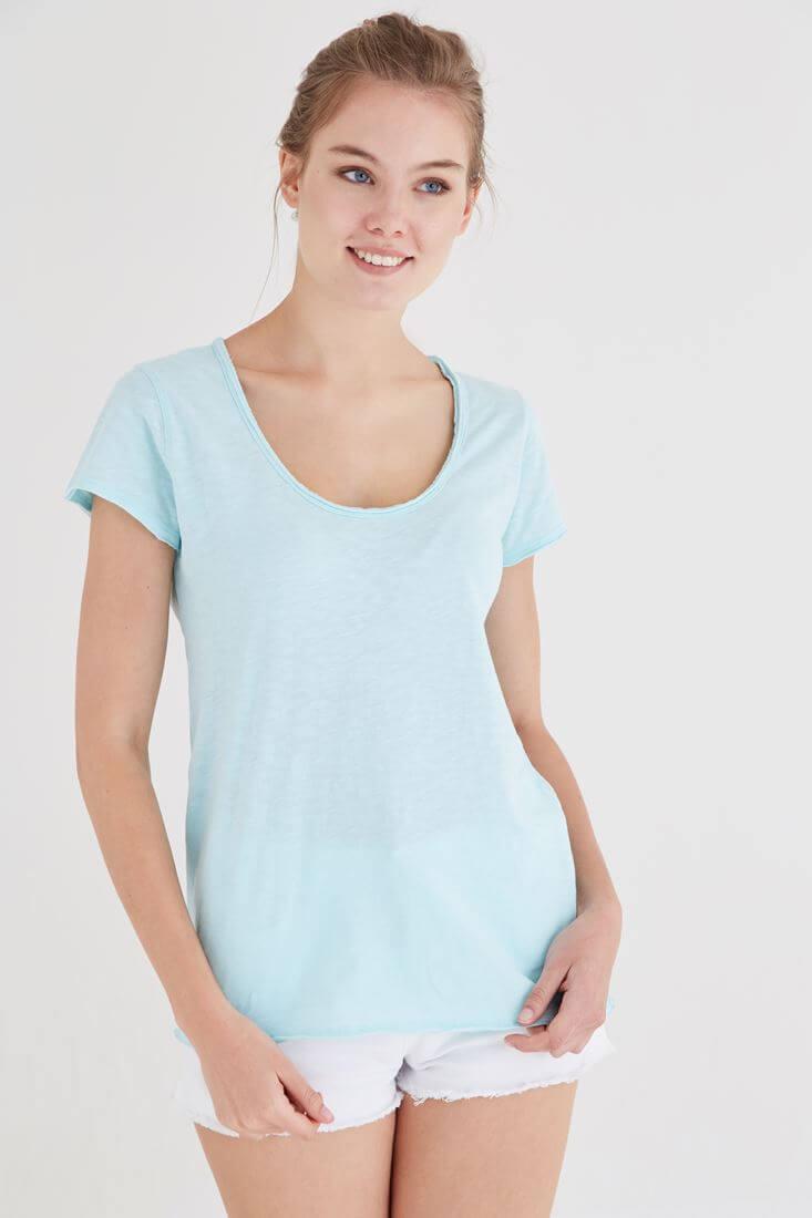 Bayan Mavi U Yaka Pamuklu Tişört