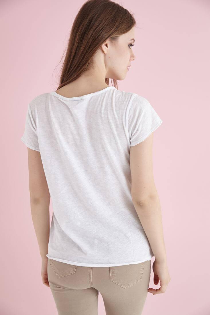 Bayan Beyaz U Yaka Pamuklu Tişört