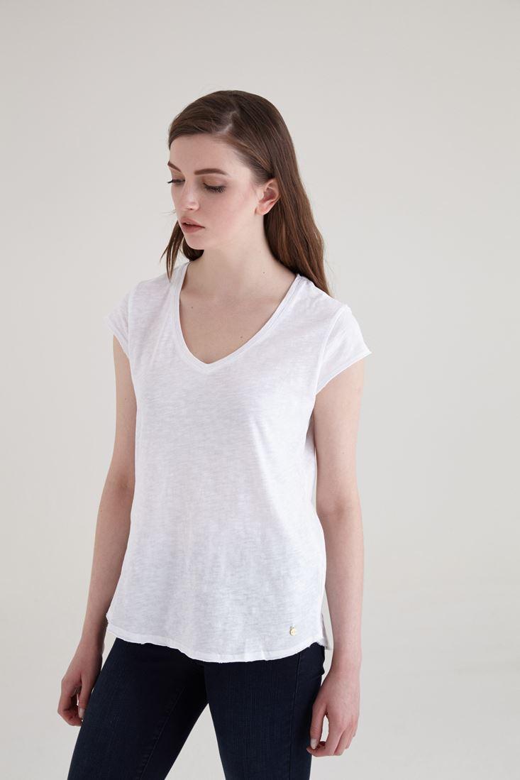 Bayan Beyaz V Yaka Pamuklu Kısa Kollu Tişört