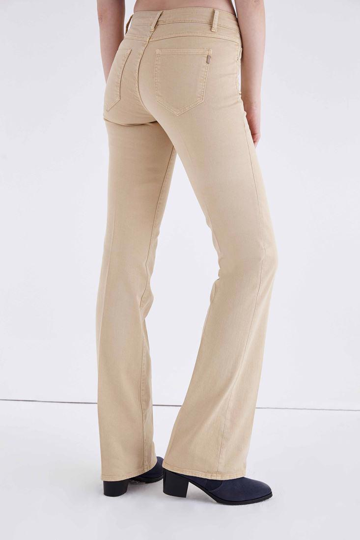 Women Cream Low Rise Bootcut Pants