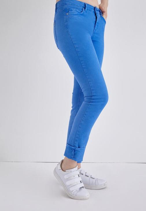 Mavi Düşük Bel Slim Paça Pantolon