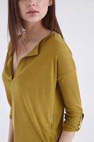 Bayan Yeşil Truvakar Kol V Yaka Tişört