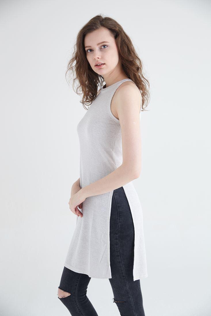 Krem Uzun Yırtmaçlı Bluz