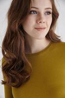 Bayan Yeşil Uzun Kollu Bisiket Yaka Tişört