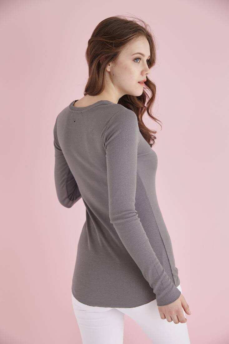 Bayan Gri Uzun Kollu Bisiket Yaka Tişört