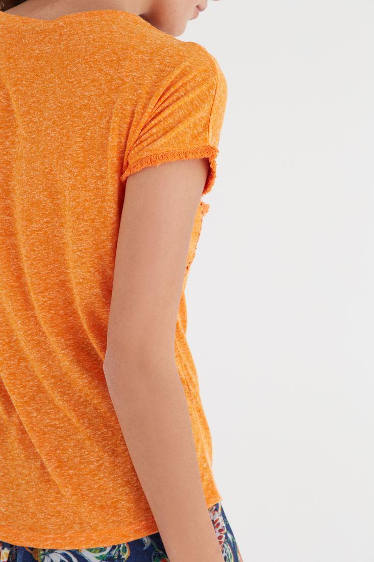 Bayan Turuncu Püskül Detaylı Tişört