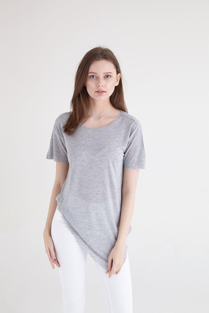 Bayan Gri Asimetrik Kesimli Tişört