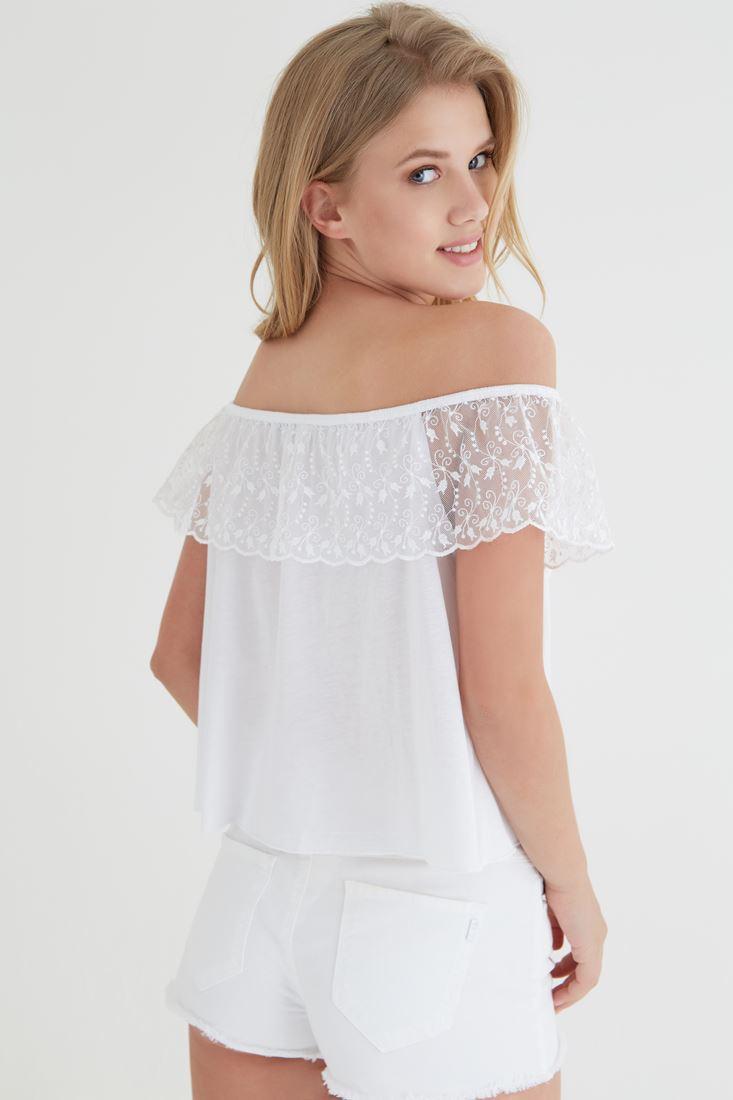 Beyaz Omuzu Açık Bluz
