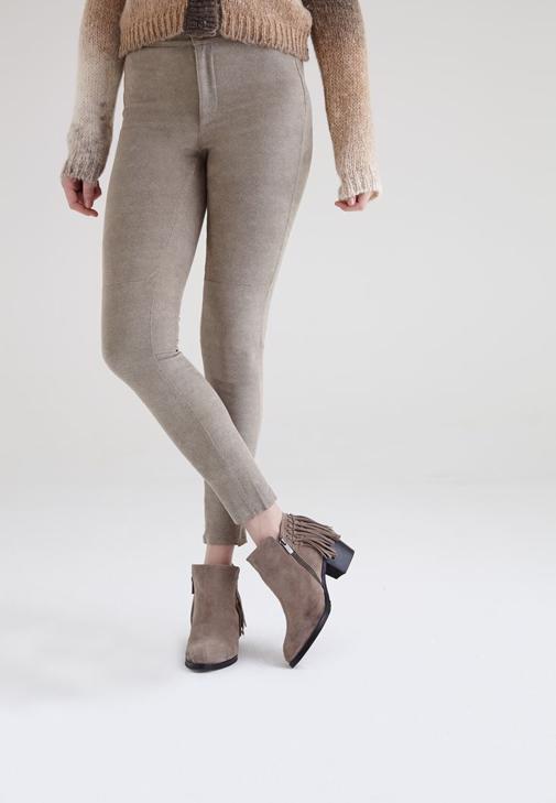 Krem Baskı Detaylı Dar Pantolon