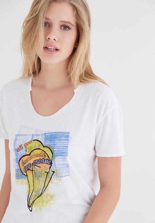 Beyaz Dondurma Baskılı Tişört